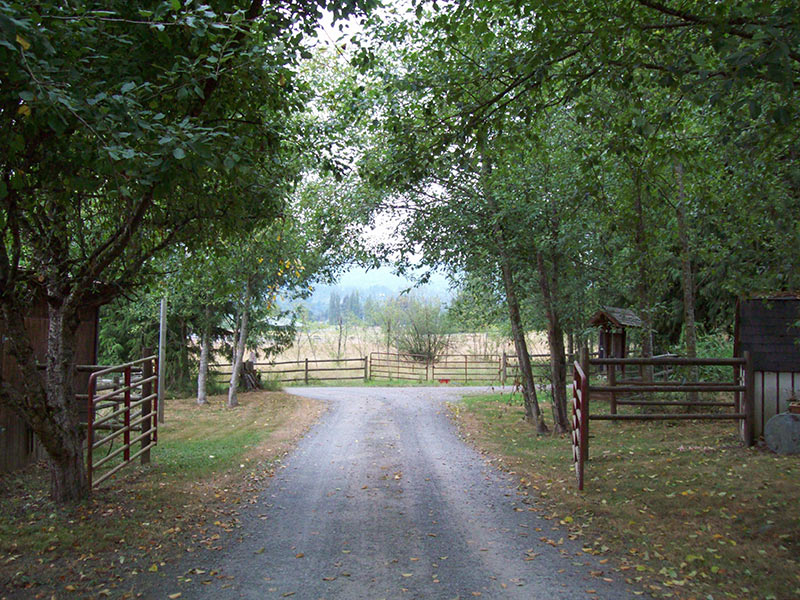 Driveway to Country Doctor Clinic