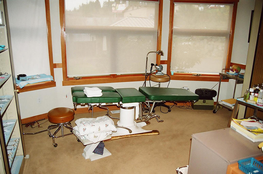 McManis Treatment Table